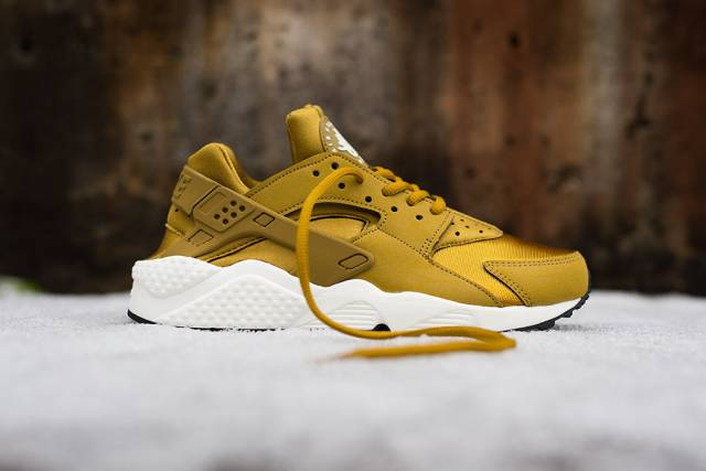 Product Womens Nike Air Huarache Bronzine Ultra Limited Nike Air Huarache France
