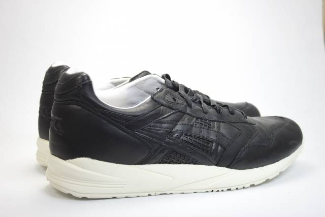 ASICS GEL SAGA BLACK BURGUNDY 10,5US (#148804) from