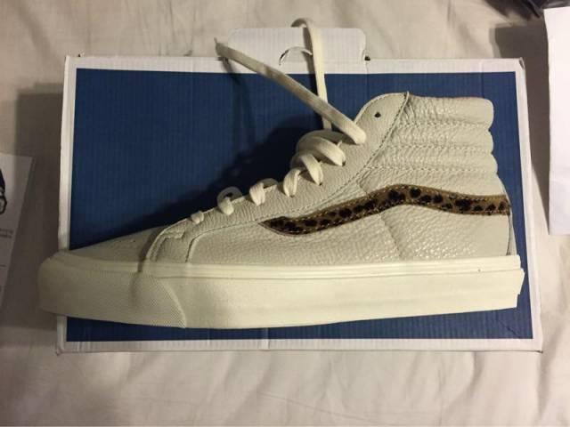 b92e6317a8 Vans Premium leather