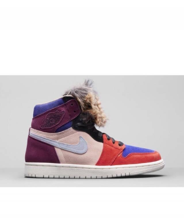a9a78456ee7229 Aleali May x Air Jordan 1 Retro OG High Court Lux (women s) Size 5 ...
