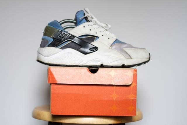 2000 Nike Air Huarache LE Columbia Blue