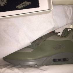 Nike air max sneaker boot gree...