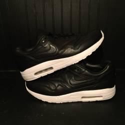 Nike air maxim sp black leathe...
