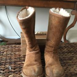 Womens uggs chestnut (tall)