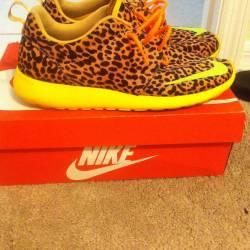 Nike roshe run leopard print