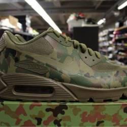 Nike air max camp size 9 pre o...