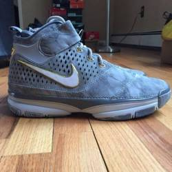d391b2575974 BUY Nike Zoom Kobe 2 Prelude - 4 50+ Points