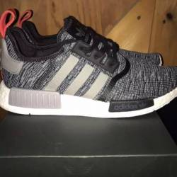 Adidas nmd r1 glitch black