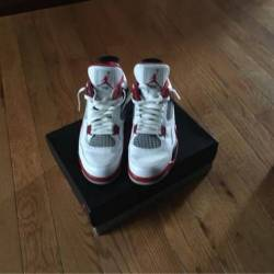 Jordan 4 fire red size 11.5