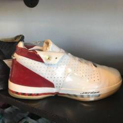 Jordan 16 low size 10 pre owned