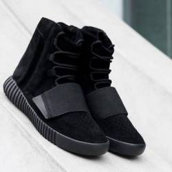 Yeezy 750 pirate black