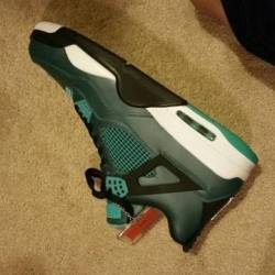Teal 4s