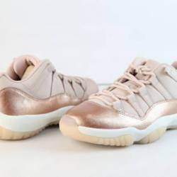 Jordan retro womens 11 low ros...