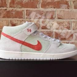 Nike sb dunk mid pro qs todd b...