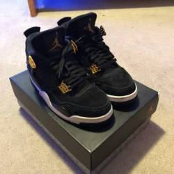 Air jordan 4 royalty size 9