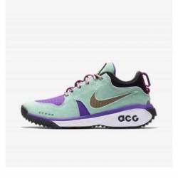 Nike acg dog mountain emerald ...
