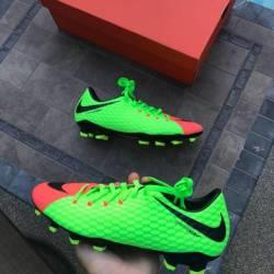 Nike hyper venoms