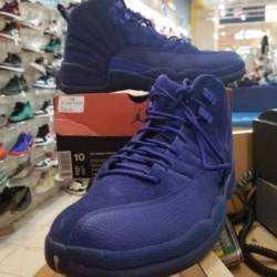 Air jordan retro 12 size 10 de...