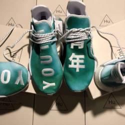 Adidas pharrell human race hol...