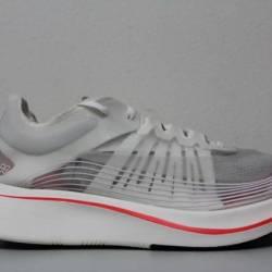 Nike mens zoom fly sp size 8 w...