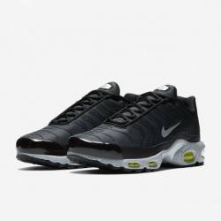 Air max plus premium black vol...