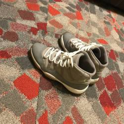 Air jordan 11 high cool grey