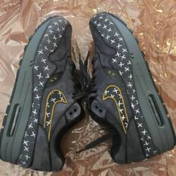 Air max 1 x kaws customs size ...